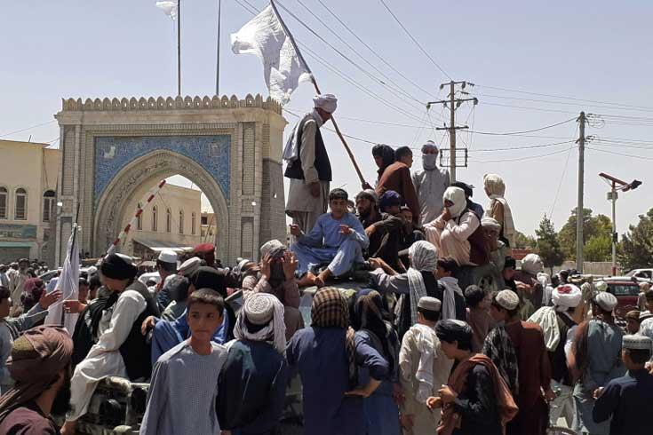 আফগানদের অনিশ্চয়তায় ফেলে চলে যাচ্ছে যুক্তরাষ্ট্র