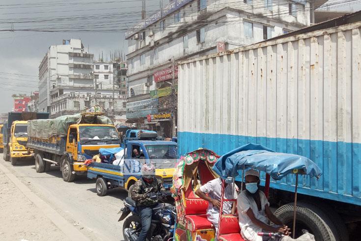 ঢাকা-ময়মনসিংহ মহাসড়কে তীব্র যানজট