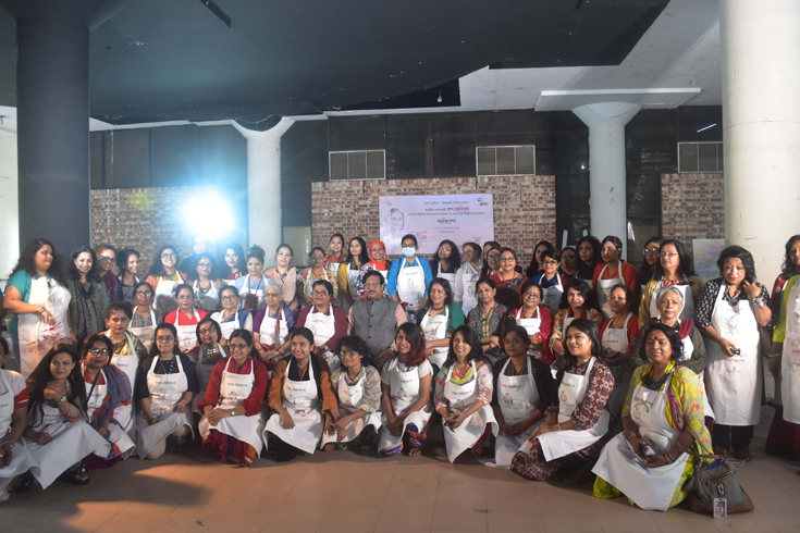 প্রধানমন্ত্রীর জন্মদিন উপলক্ষে ৭৫ নারী শিল্পীকে নিয়ে আর্ট ক্যাম্প