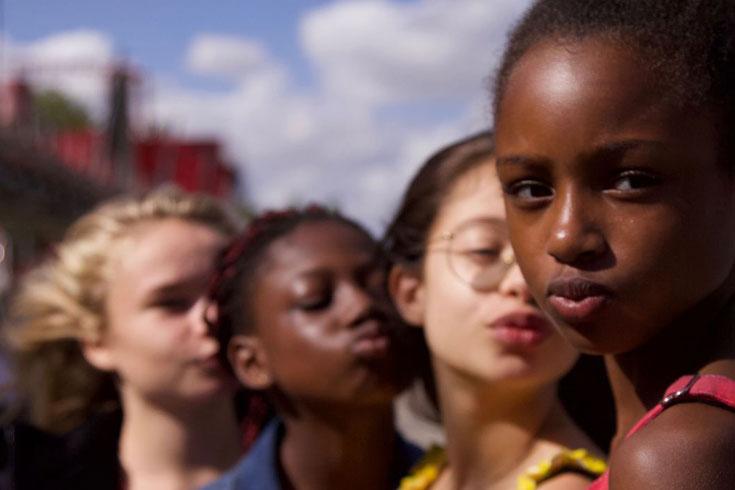 'কিউটিস' নিয়ে মামলা খেল নেটফ্লিক্স