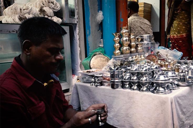 পুরান ঢাকার পূজার বাজার মন্দা