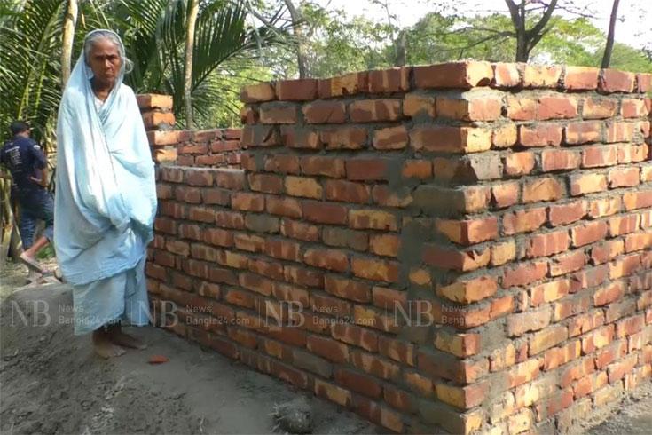 উপহারের ঘরে 'অনিয়ম', দায় নিচ্ছেন না কেউই