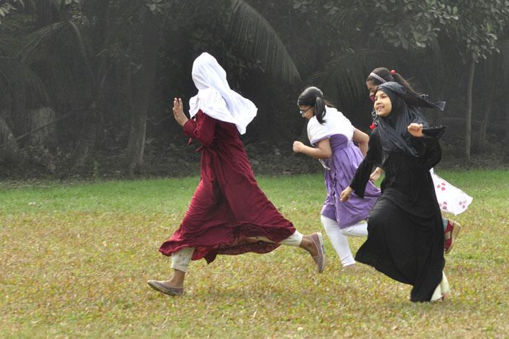 রমজানেও খোলা স্কুল-কলেজ