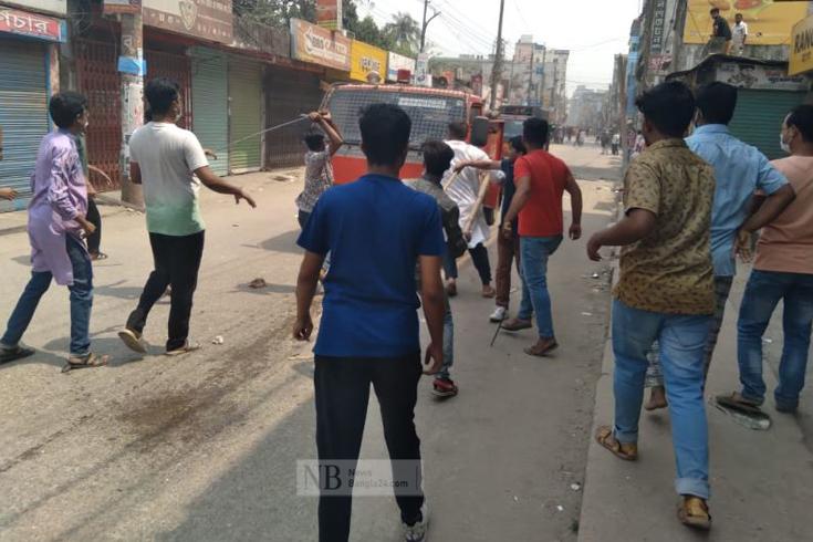 হেফাজতের হরতাল: কিশোরগঞ্জে আ. লীগ কার্যালয়ে ভাঙচুর