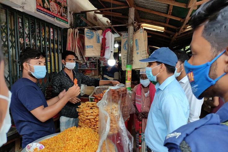 কুমিল্লায় পাঁচ প্রতিষ্ঠানকে অর্ধলক্ষাধিক টাকা জরিমানা