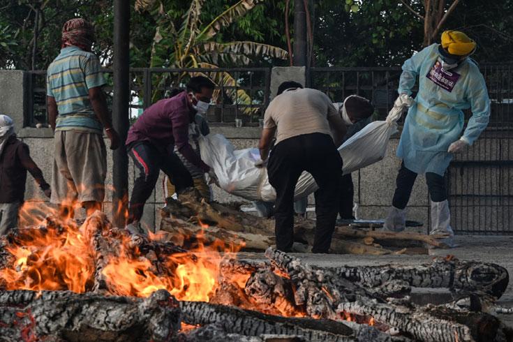ভারতে করোনায় মৃত্যু ৩ লাখ ছুঁইছুঁই