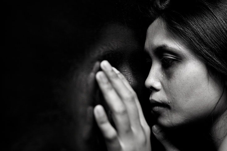 সুবর্ণচরে আবার স্বামীকে গাছে বেঁধে নারীকে 'ধর্ষণ'