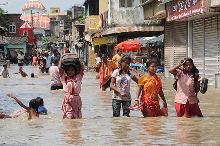জলমগ্ন কলকাতা, ক্ষমা চাইলেন প্রশাসক