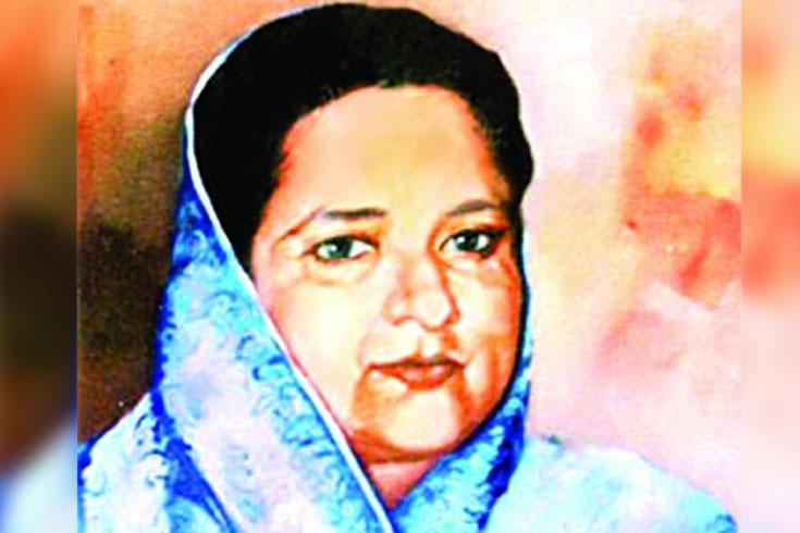বঙ্গমাতার জন্মদিনে টাকা, সেলাই মেশিন পাবেন দুস্থ নারীরা