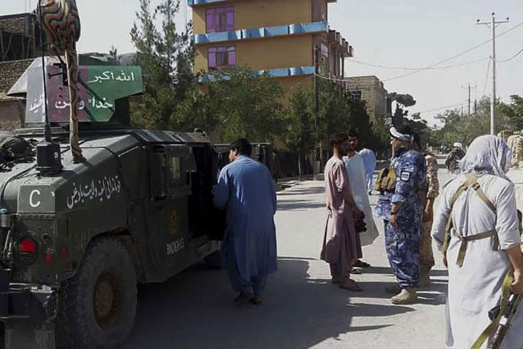 প্রাদেশিক রাজধানী ফের আফগান বাহিনীর দখলে