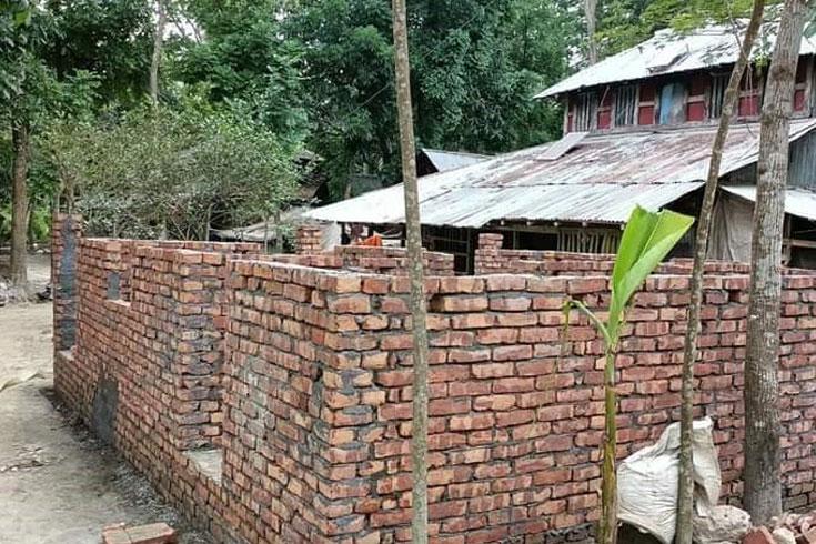 উপহারের ঘরে ত্রুটি: মাঠে নামছে প্রধানমন্ত্রীর কার্যালয়
