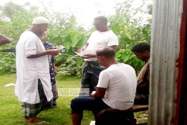 কর্মসৃজন প্রকল্প: অসহায় শিক্ষকও পাননি পুরো মজুরি