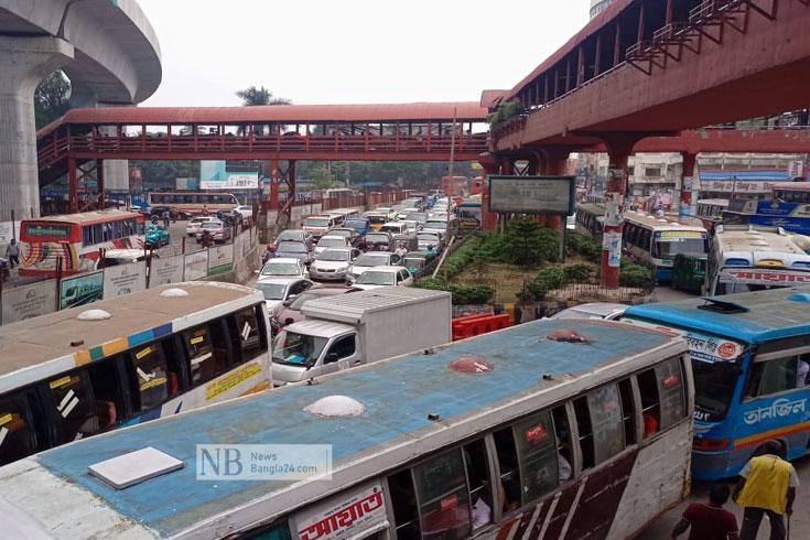 'ঢাকা শহরের জ্যাম আর নতুন কী'