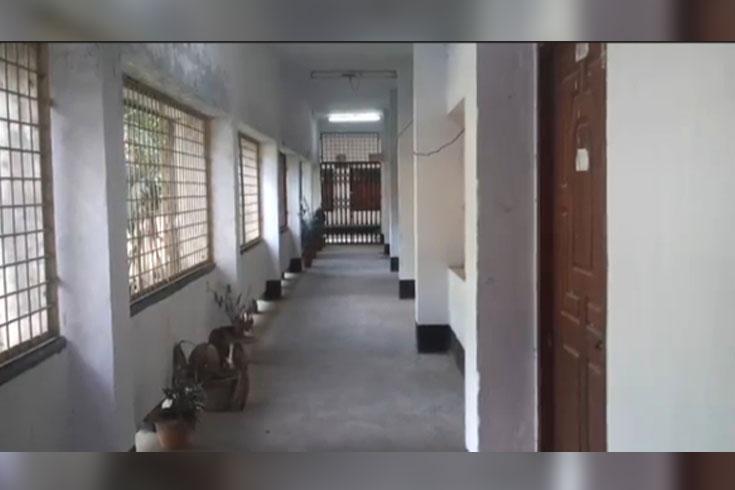 পাঠদানে প্রস্তুত ময়মনসিংহের শিক্ষাপ্রতিষ্ঠান