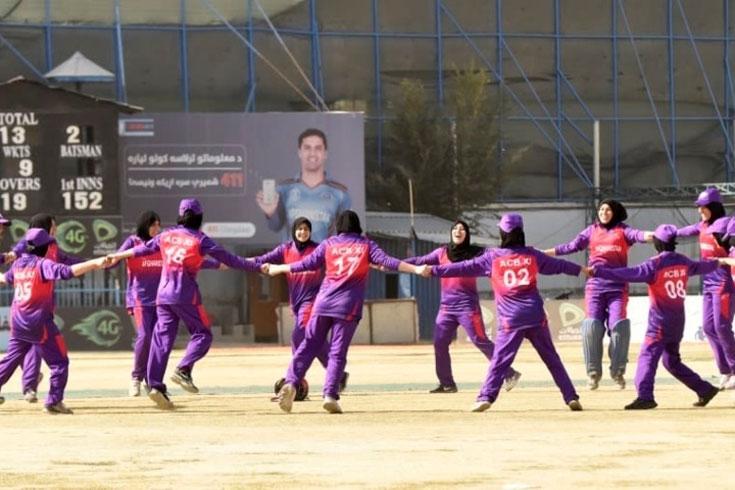 নারী ক্রিকেট নিয়ে আপত্তি নেই: আফগান বোর্ড