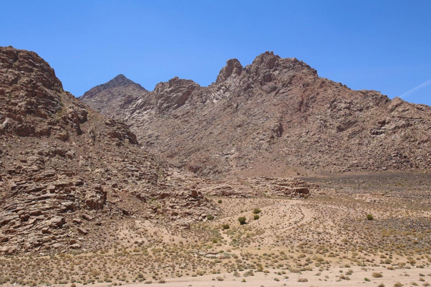 সিনাই পর্বত সৌদি আরবে, দাবি গবেষকদের