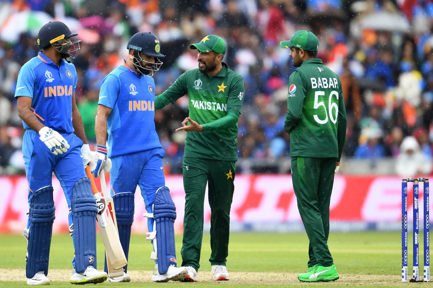 ভারতকে হারালে পাকিস্তানি ক্রিকেটারদের 'ব্ল্যাংক চেক'