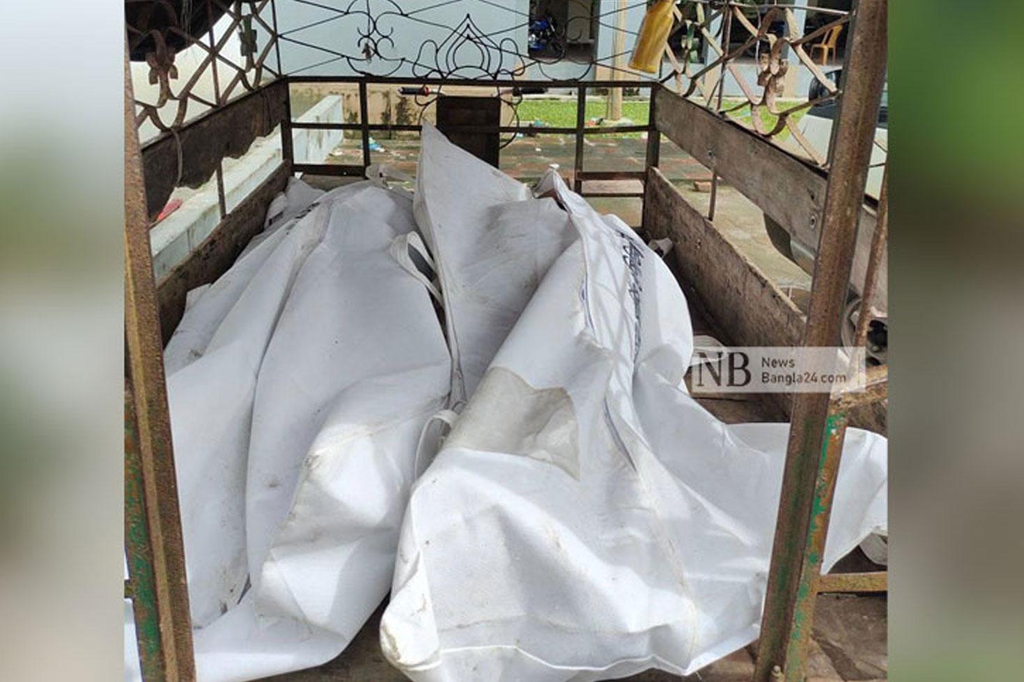ঘরে স্ত্রীর রক্তাক্ত ও স্বামীর ঝুলন্ত মরদেহ