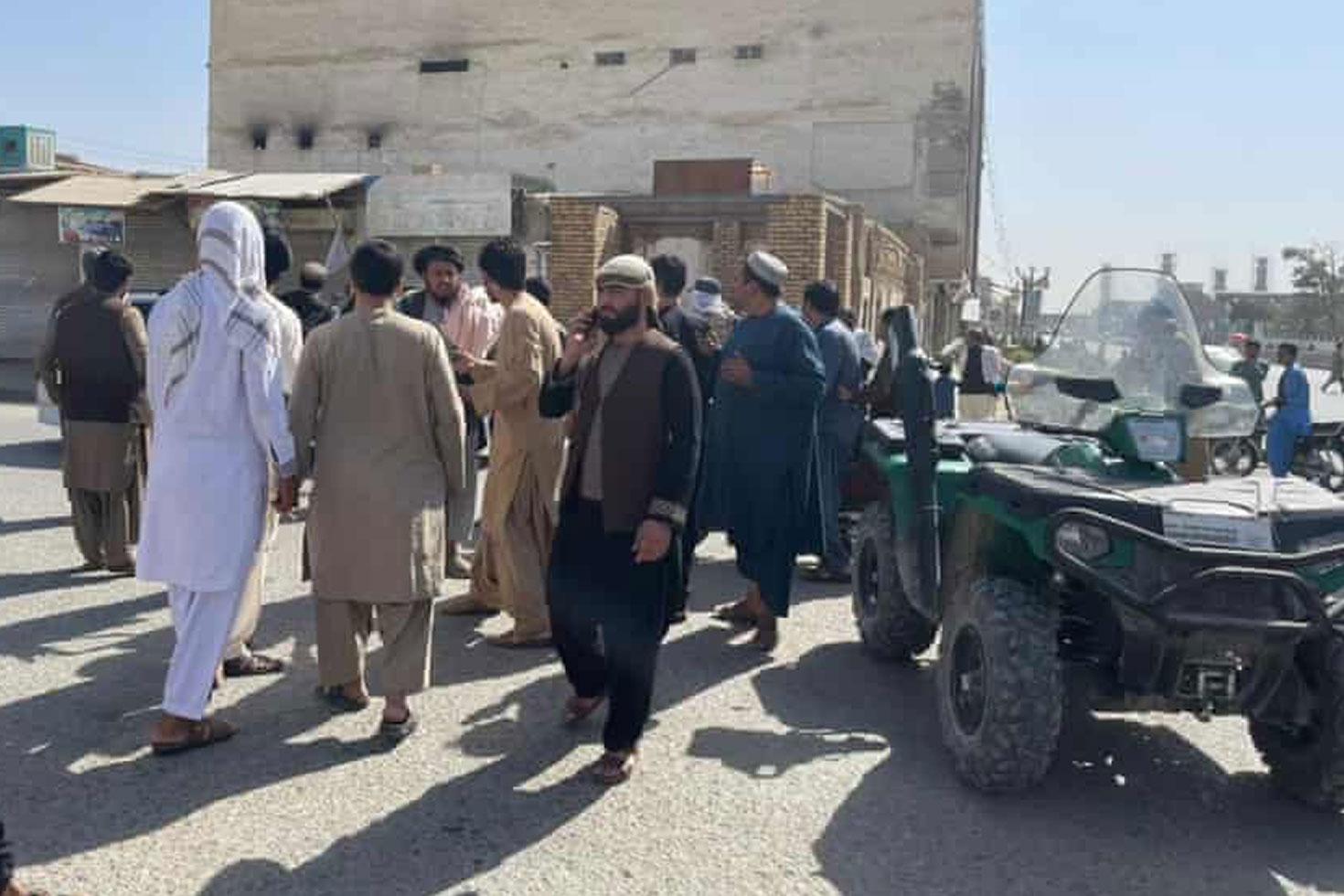 আফগানিস্তানে মসজিদে হামলায় মৃত্যু ৩২ ছাড়িয়েছে