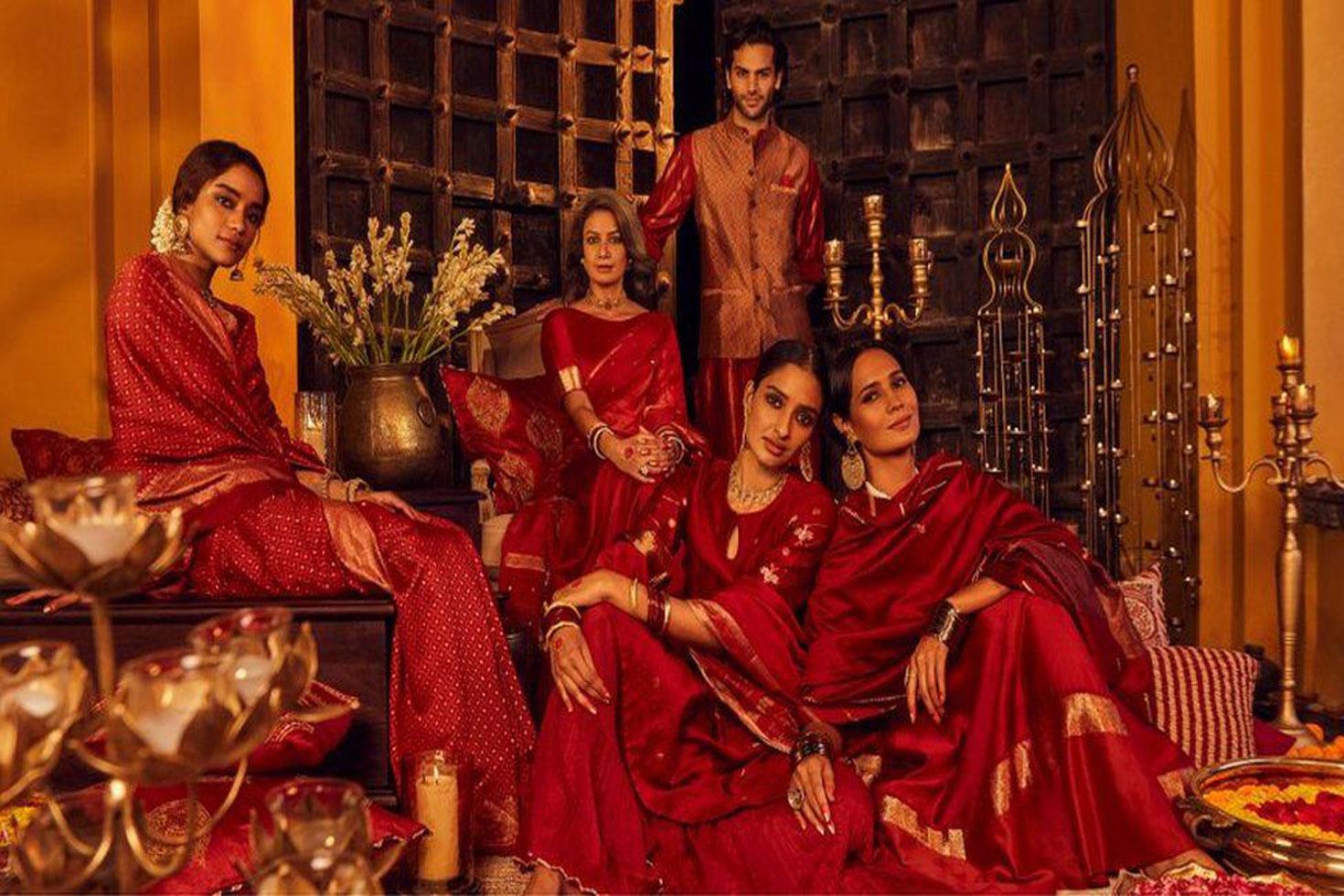ক্ষোভের মুখে 'হিন্দু-বিরোধী' বিজ্ঞাপন প্রত্যাহার