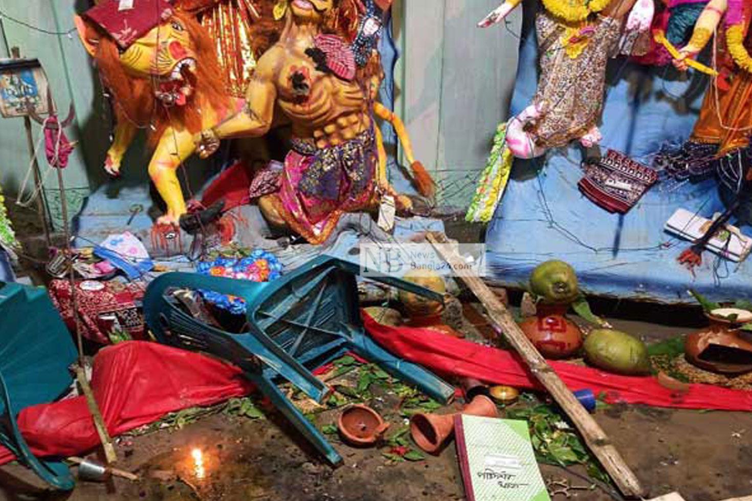 মণ্ডপে হামলা: পুলিশের বিরুদ্ধে মামলা না নেয়ার অভিযোগ